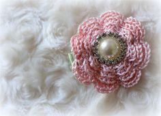 Sarah - pink crochet hair clip