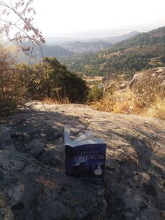 El libro en la sombra I.