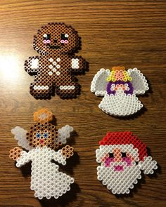 Christmas perler beads by nicolequinneyy Melty Bead Patterns, Pearler Bead Patterns, Perler Patterns, Beading Patterns, Christmas Perler Beads, Art Perle, Beading For Kids, Hama Beads Design, Iron Beads