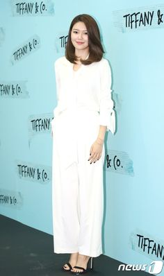 SNSD SooYoung attended Tiffany Co.s event Tomboy Look, Korean Artist, Korean Model, Sooyoung, Snsd, Girls Generation, Pop Fashion, Tiffany, Kpop