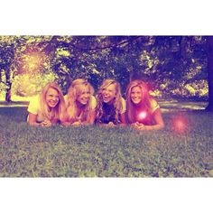 Best friends high school four best friends photography @Hannah Mestel Cabral Styles we need one like this with you and me and lily and jordyn!