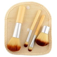 Fashion Lifestyle Makeup Brush Set Premium Synthetic Kabuki Beauty Tools Foundation Blending Blush Contour Concealer Eyeliner Face Powder Cosmetics Brushes Kit Silver *** Details can be found by clicking on the image. (This is an affiliate link) Cosmetic Kit, Cosmetic Brush Set, Makeup Brush Set, Hair Brush, Golden Makeup, It Cosmetics Brushes, Eyeshadow Brushes, Beauty Kit, Concealer Brush