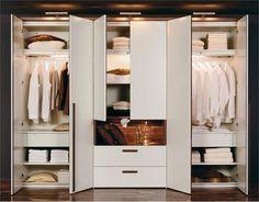 Шкаф в спальне 3