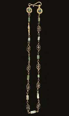 A ROMAN GOLD AND GLASS NECKLACE   Circa 2nd-3rd Century A.D. Antique Necklace, Antique Jewelry, Gold Jewelry, Beaded Jewelry, Jewelry Necklaces, Jewlery, Byzantine Jewelry, Renaissance Jewelry, Ancient Jewelry