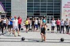 Urban Fitness by Jasmina Aleksandrov @ južni plato Kombank Arene 9. maj 2015.   Photo: Aleksandar Dmitrović Urban Fitness, Basketball Court, Sports, Hs Sports, Sport
