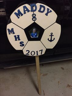 Senior Night Yard Sign Soccer Locker, Soccer Boys, Lacrosse, Softball, Baseball, Volleyball Decorations, Soccer Crafts, Soccer Banquet, Locker Signs