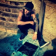 'Remember where you came from,' Justin Bieber at the Avon Theatre