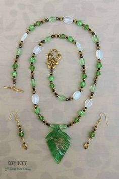 "Green Leaf Glass Pendant Necklace Kit """"Chloé"""" Adult Jewelry Making Kit"