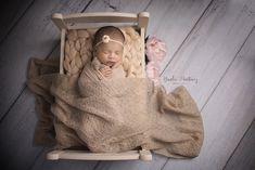 Yinelia's Photography specializes in Newborn and Maternity photography in Missouri City, TX. Maternity Photography, Portrait Photography, Types Of Portrait, Missouri City, Newborns, Newborn Photographer, Children, Young Children, Boys