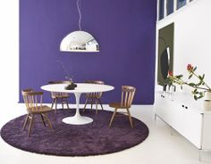 I want this table - saarinen dining table - white laminate
