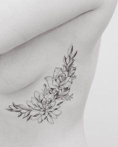 Girl rib tattoos, tattoo ribs, flower tattoo on ribs, vine tatt Flower Tattoo On Ribs, Birth Flower Tattoos, Flower Tattoo Shoulder, Flower Tattoo Designs, Butterfly Tattoos, Tatto Designs, Tattoo Ribs, Rib Tattoos For Women, Shoulder Tattoos For Women