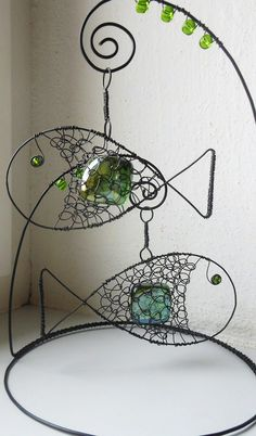 Stojánek s rybičkami - zelený / Zboží prodejce mat. Wire Crafts, Metal Crafts, Diy And Crafts, Arts And Crafts, Wire Art Sculpture, Wire Sculptures, Abstract Sculpture, Bronze Sculpture, Art Fil