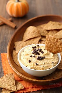 If you're looking for a crowd-pleasing dip for entertaining your hungry party guests, then look no further than this Pumpkin Spice Cannoli Dip recipe served with @fstgchips pumpkin chips. It's like eating a cannoli but without having to fill cannoli shells.