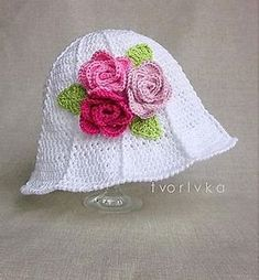 f5a17aa40a233 Image result for Free Crochet Cloche Hat Pattern with Flower Crochet Girls