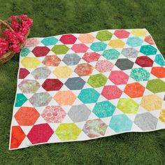 "This pattern is included FREE on the packaging of the die GO! Hexagon-4 1/2"" Sides (4 1/4"" Finished) (55438)The GO! Island Star Quilt is a fun, fresh project for two shapes that play together so well. Team the GO! Hexagon-4 1/2"" Sides and the GO! Equilateral Triangle-4 1/2"" Sides (55429) up for a win every time.Compatible with these fabric cutters:GO!      Studio**Must use with GO! Die Adapter"