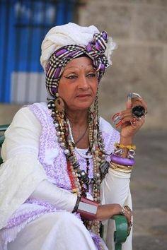 cuban women in traditional dress