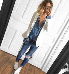 The white jacket really pulls this double denim look together Looks Street Style, Looks Style, Casual Looks, Style Me, Mode Outfits, Fall Outfits, Casual Outfits, Fashion Outfits, Womens Fashion