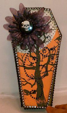 coffin mini {I think this would make a cute card}
