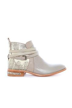 Your Search For The Perfect Spring Boot Ends Here #refinery29 http://www.refinery29.com/booties#slide-2 ...