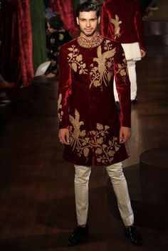 30 Outfits men can wear at an Indian Wedding Wedding Dresses Men Indian, Wedding Dress Men, Wedding Outfits For Groom, Bridal Outfits, Bridal Gowns, Sherwani Groom, Mens Sherwani, Wedding Sherwani, 30 Outfits