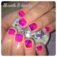 Pink & purple ombré gel polish on natural nails