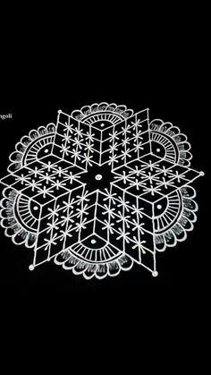 Rangoli Ideas, Rangoli Designs Diwali, Kolam Rangoli, Flower Rangoli, Kolam Designs, Celtic Designs, Mehndi Designs, Padi Kolam, Rangoli Simple