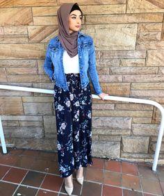 Pinterest @adarkurdish Muslim Fashion, Hijab Fashion, Fashion Dresses, Eid Outfits, Weekly Outfits, Wide Pants Outfit, Modest Summer Fashion, Hijab Outfit, Palazzo Pants