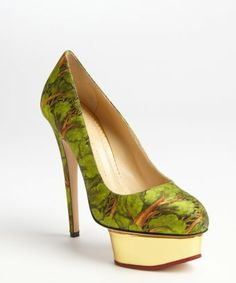 style #329211401 green printed fabric 'Dolly' platform pumps