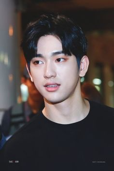 wOw this is bEautiful, i would like to thank god for allowing me to be in the same era of park jinyoung, it means the world to meeee