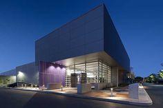 The exterior of RagingWire's CA3 data center in Sacramento, Calif. (Photo: RagingWire Data Centers)