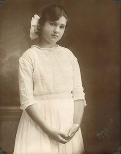 Alison - 1919   Flickr - Photo Sharing!