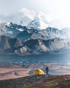 Camping with a view of Denali National Park, Alaska. Photo by Simon Prochaska Camping Places, Camping Spots, Go Camping, Places To Travel, Places To Visit, Alaska Camping, Travel Destinations, Lightroom, Photoshop