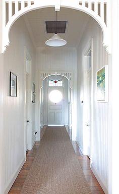 LOVE this hallway. Taken from The Design Files - Brisbane home The Design Files, Design Blog, Design Studio, House Design, Long Hallway, Entry Hallway, Hallway Ideas, Hallway Runner, Queenslander House