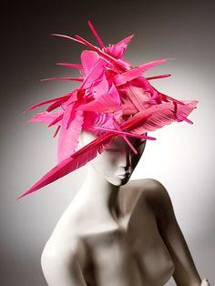 スライドショー:ピーボディ・エセックス博物館での「帽子:Stephen Jonesによるコレクション」 by (image 6) - BLOUIN ARTINFO , アートとカルチャーに特化したグローバルなオンライン情報サイト | BLOUIN ARTINFO