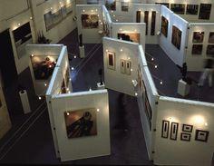 Art madrid 2009 - Galeria de arte; Se habla mucho de galerias de arte en esta novela.