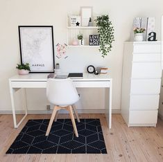 31 White Home Office Ideas To Make Your Life Easier; home office idea;Home Office Organization Tips; chic home office. Source by liatsybeauty Home Office Design, Home Office Decor, Home Decor, Office Designs, Office Furniture, Office Setup, Office Workspace, Workspace Design, Office Room Ideas