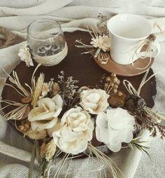 Damat fincanı ve damat tepsisi seti, isteme gününüzde damada özel sunum yapmanız için tasarlanmaktadır.