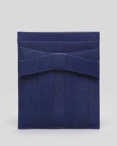 iPad Sleeve, this way every day you unwrap a gift