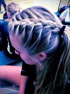 Cute athletic hairstyles inspirational 17 best ideas about cute volleyball hairstyles on Braided Hairstyles For School, Twist Braid Hairstyles, Girl Hairstyles, Simple Hairstyles, Cute Sporty Hairstyles, Hairdos, Track Hairstyles, Hairstyle Braid, Hairstyles Pictures