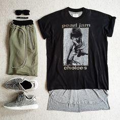 ( 3⃣5⃣0⃣ x FOG // . [ © ] Pearl Jam Tee: Vintage Layering Tank: Fear Of God LA Drop-Rise Drawstring Shorts: Fear Of God LA Kicks: Adidas YEEZY 350 Boost Sunnies: Celine @outfitgrid #outfitgrid @dennistodisco (hier: www.stefanwear.tumblr.com)