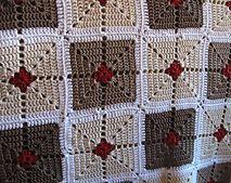 Crochet Granny Square Design Ravelry: Sarafia blanket pattern by Elín Guðrúnardóttir - Crochet Motif Patterns, Granny Square Crochet Pattern, Crochet Squares, Crochet Chart, Crochet Granny, Crochet Designs, Granny Squares, Plaid Crochet, Knit Crochet