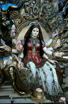 Jai MaTa Di Durga Goddess, Devi Durga, Goddess Lakshmi, Durga, Pictures To Draw, Durga Ji, Navratri Images