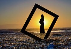 maternity picture ideas | I LOVE this one... Too bad the sun wont be set like this at the time of our pictures.