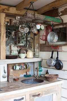 Homes - Bristol House - Kitchen sink and hanging untensils Rustic Outdoor Kitchens, Rustic Kitchen, Country Kitchen, Summer Kitchen, Kitchen And Bath, Kitchen Sink, Shed Decor, Home Decor, Bristol Houses