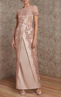 Get inspired and discover Rami Al Ali trunkshow! Shop the latest Rami Al Ali collection at Moda Operandi. Lace Evening Dresses, Elegant Dresses, Beautiful Dresses, Nice Dresses, Formal Dresses, Abaya Fashion, Muslim Fashion, Fashion Dresses, Rami Al Ali