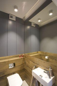 Mieszkanie prywatne, Lublin Oprawy Mistic Broken Matt White Projekt: Beata Jackowska Pracownia Architektury Wnętrz.#światło #łazienka #biel #oświetlenie #mistic #lighitng #light #lampa #dom #mieszkanie #design #architektura #architecture #bathroom