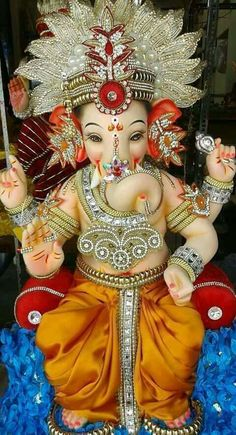 Sri Ganesh with a very festive and beautiful headdress. Jai Ganesh, Ganesh Lord, Ganesh Idol, Ganesh Statue, Shree Ganesh, Jai Hanuman, Lord Vishnu, Shri Ganesh Images, Ganesha Pictures