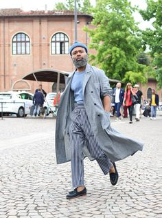 All the best Streetstyle from Pitti Uomo 90 in Florence Part 2 by Lee Oliveira