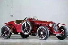 Automobilhersteller:  Alfa Romeo  Modell:  6C 2300 Pescara Touring  Jahr:  1934-1935  Kunst:  Roadster