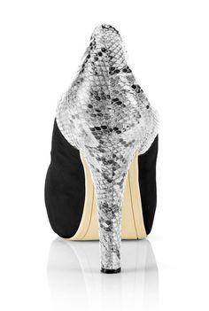 Cassidy Black, Pumps, Heels, Designer Shoes, Christian Louboutin, Beauty, Heel, Court Shoes, Shoes Heels